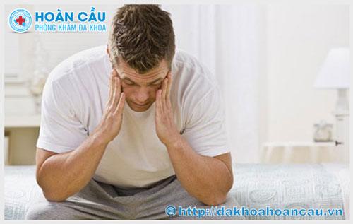 Tinh hoàn bị đau nhức là bệnh gì?